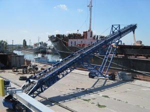 Конвейер ленточный для погрузки речных и морских судов